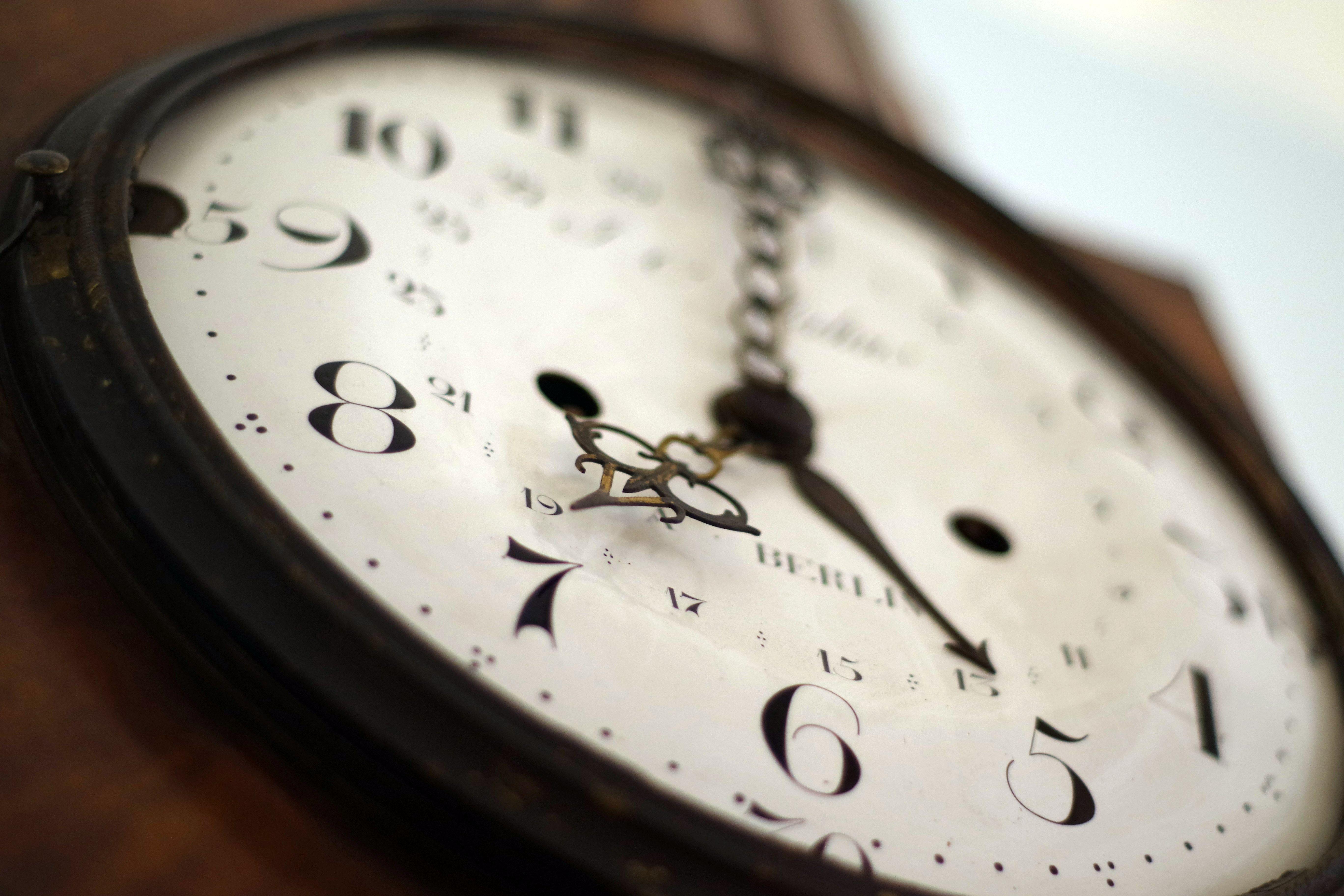日本の借金時計はウソ?