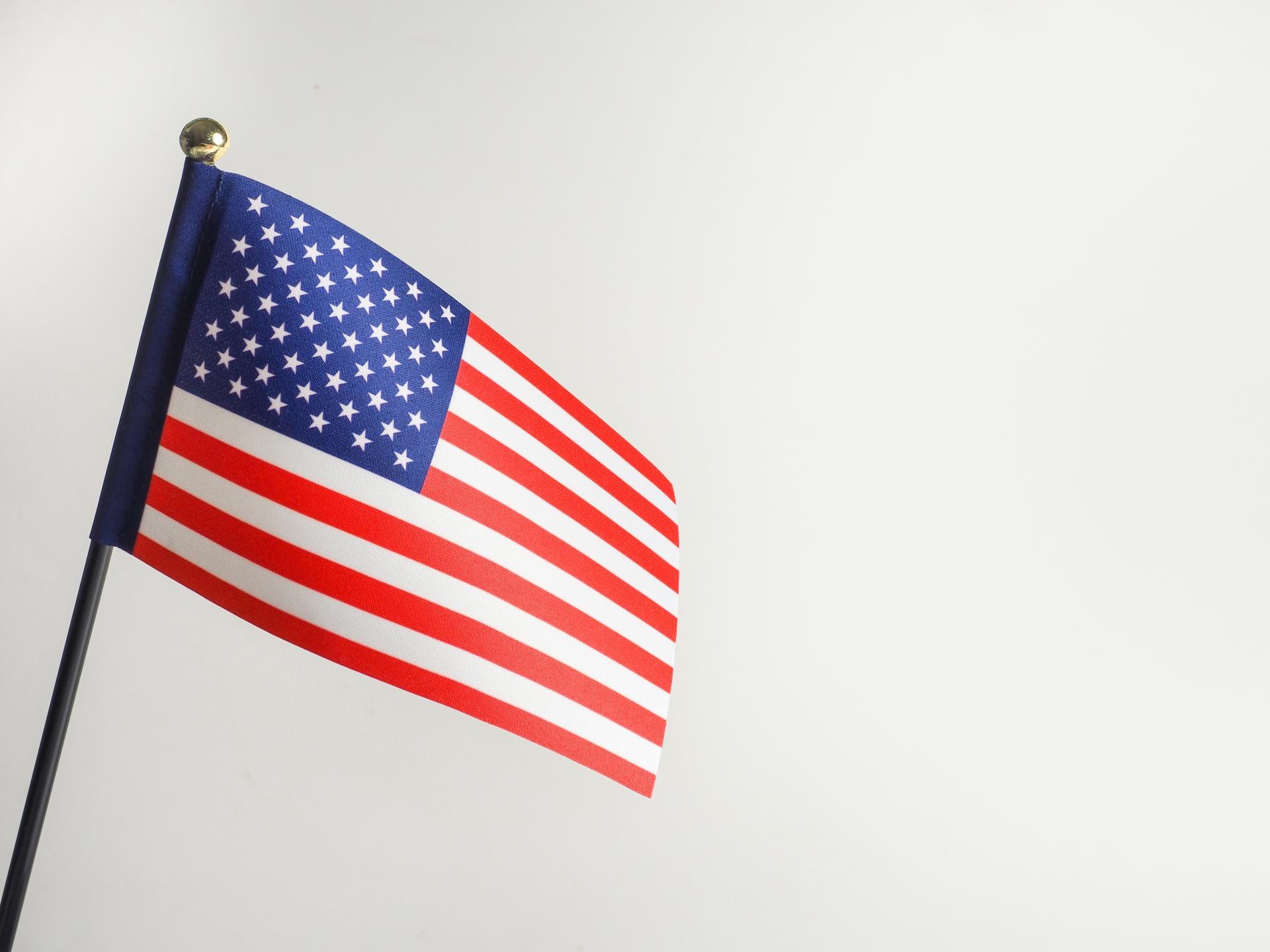 4月米失業率14.7%、戦後最悪2050万人減!米国経済はどうなる?